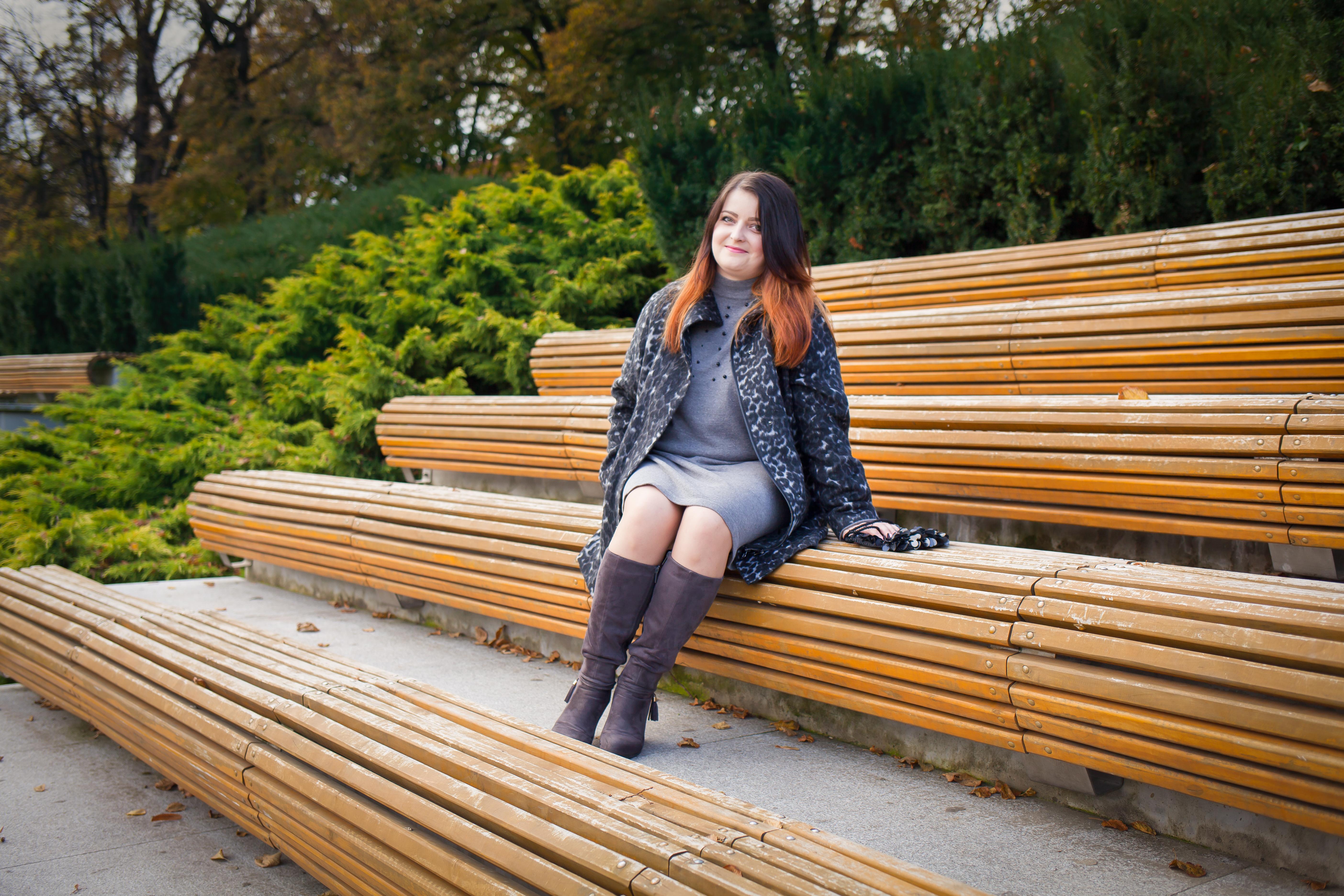 Jesienna moda w odcieniach szarości…